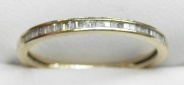 9ct Gold diamond 1/2 eternity ring size S1/4