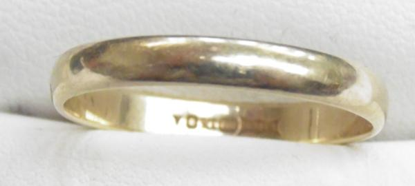 9ct Gold band ring size S
