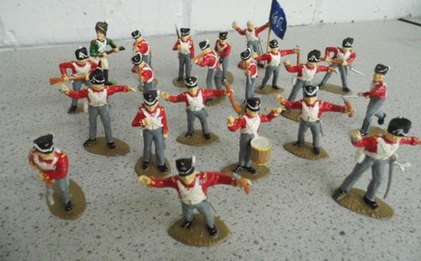 Hand painted 1815 (Waterloo) British infantry soldier set 21 pieces