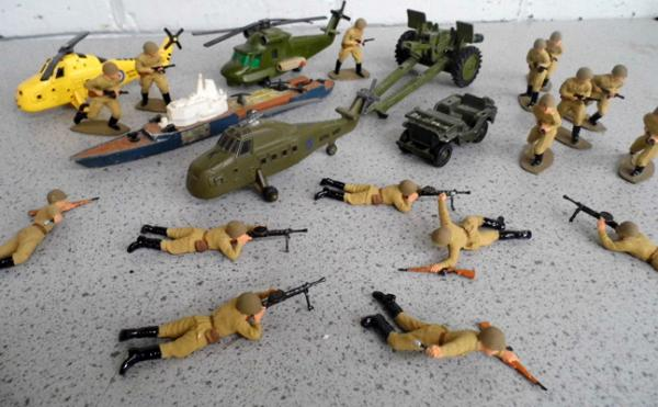 Vintage military collection, diecast helicopters, ships etc & hand painted USSR red army infantry set (rare)