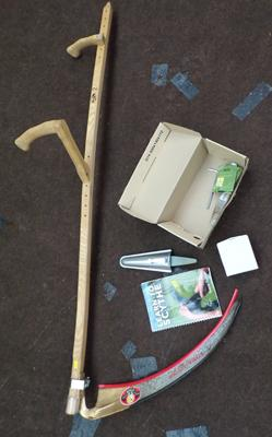 Scythe with accessories & instruction book