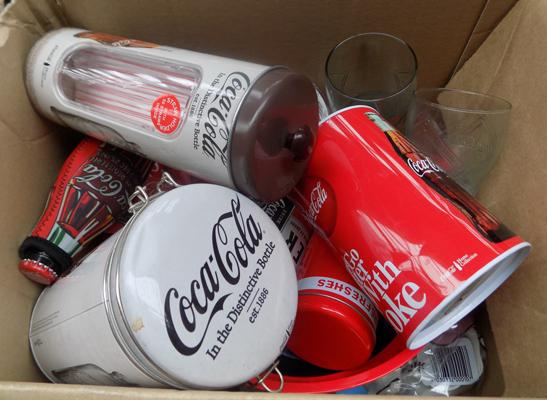 Large selection of retro Coca Cola collectable items & merchandise