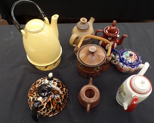 Collection of 8 tea/coffee pots