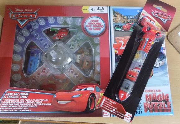 Disney cars frustration game + 12x 10in1 pens