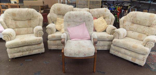 3 Seater sofa, 2 chairs & fireside chair