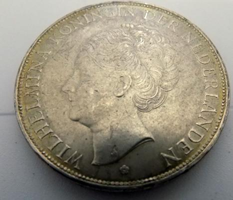 1929, Netherlands, 2 1/2 Guinea coin