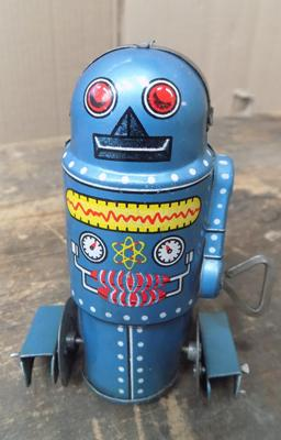 Vintage tinplate clockwork robot, W/O, 1970's, Japan made with key