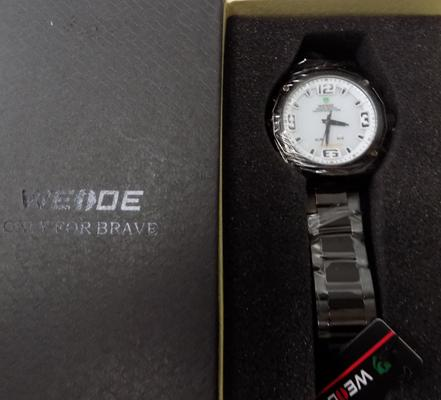 Weide digital analogue watch with black strap