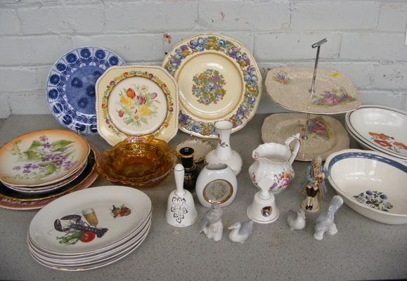 Collection of ceramics, incl. Doulton, Minton, Crown, Aynsley + Carnival glass