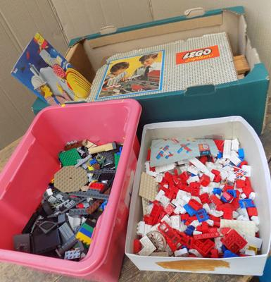 Box of vintage Lego, approx. 4kg, incl. 1960's