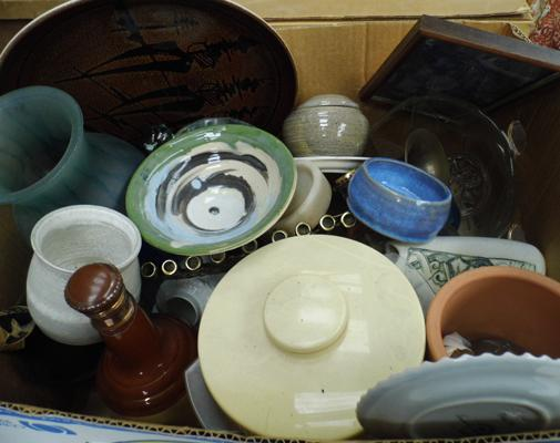 Box of mixed pottery, incl. Poole