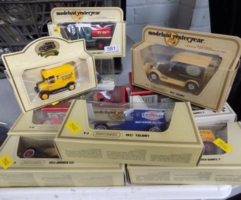11 boxed collectable toys & lorries, incl. Matchbox