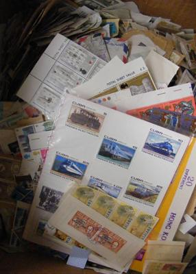 Box containing large quantity of loose stamps