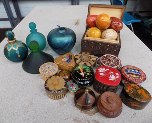 Assortment of trinket boxes, eggs & glass