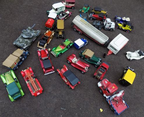 Box of collectables, toy cars etc..., Corgi & Matchbox