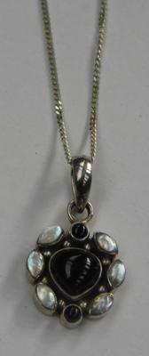 Indian silver pendant & chain