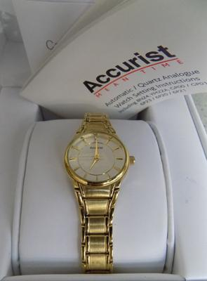 Boxed Accurist ladies automatic 14ct gold plated cocktail watch with all paperwork