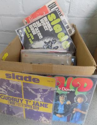 Over 80 glam rock singles incl. Slade, Sweet, T-Rex, Bowie, Mud, Rusettes etc.