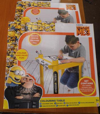 2x New Minion colouring tables