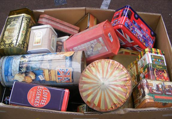 Large box of mixed collectable tins