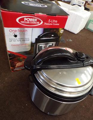Power pressure cooker XL - 5 litre pressure cooker - boxed in W/O