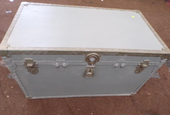 "Large cabin trunk - 36"" x 20"" x 20"""