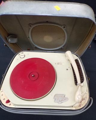 1950's vintage portable record player - made in France