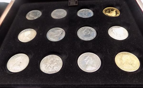 Collection of 12 double headed crowns in presentation box