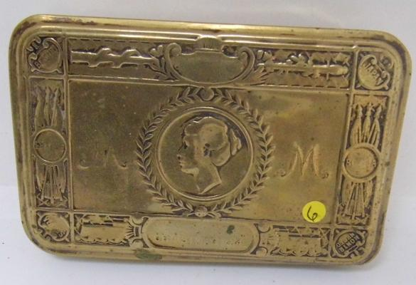 WWI soldiers Christmas tin 1914