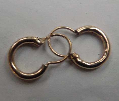 9ct gold creole small hoop earrings