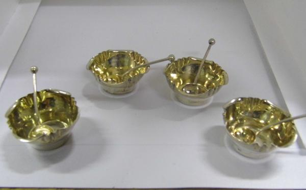 Set of four 1889 George Unite, Birmingham silver salts & matching spoons, all matching hallmarks