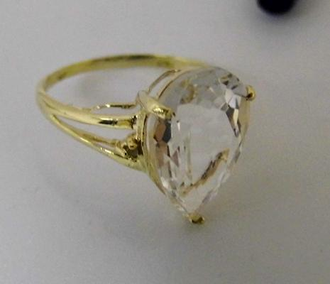 9ct gold diamond & topaz ring, size N 1/2