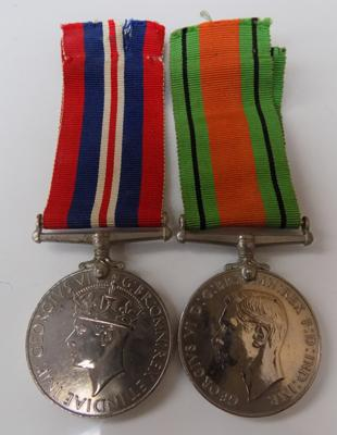 Pair of WWII medals