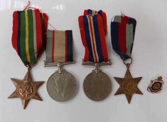 WWII War medal & star, Australian service medal award & Pacific Star medals-all enscribed D Savage QX36599