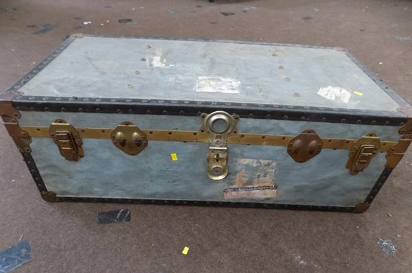 Large travel trunk approx 20x39x14