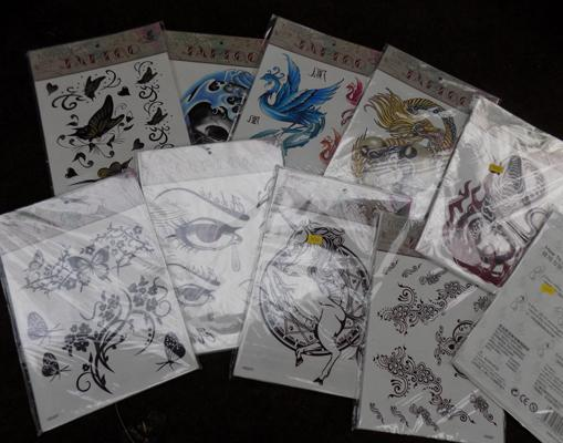 Collection of temporary tattoo's-various designs