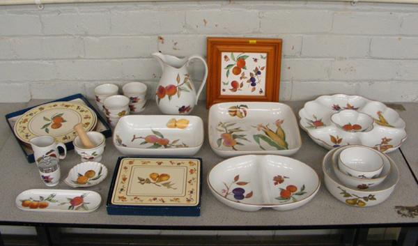 Large collection of Royal Worcester Evesham serving ware (over 20 pieces)