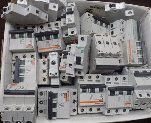 Large quantity of RCD circuit breakers
