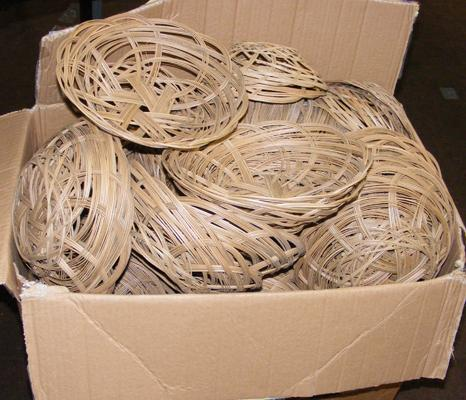 Box of wicker baskets-over 100