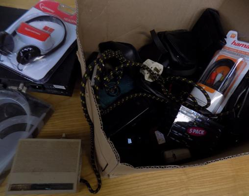 Box of electricals & cameras