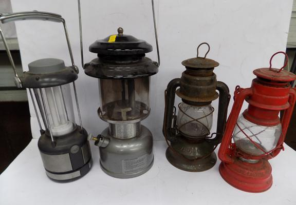 4 Tilly type lamps