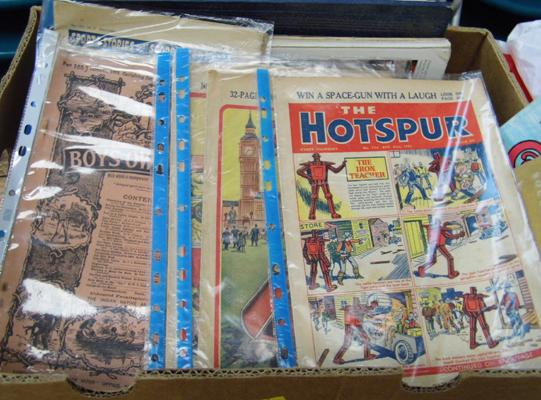 Box of mixed books & magazines inc Rover & Hotspur