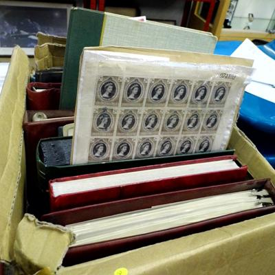 Collection of 12 stamp albums