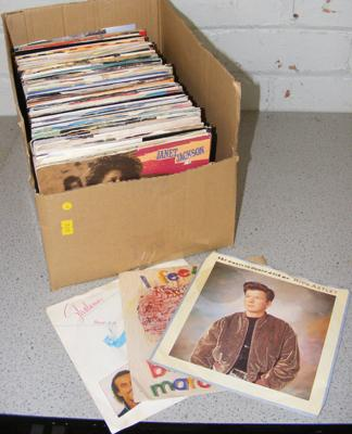 Box of mainly 1980's picture cover singles