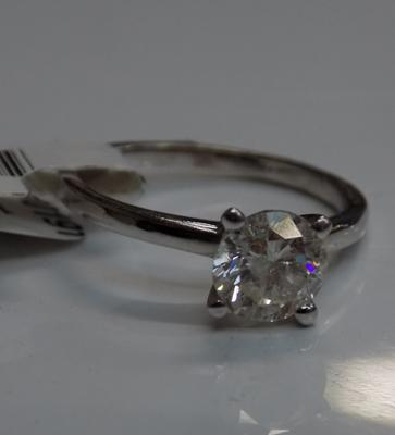14ct White gold 1.01 carat diamond solitaire ring with certificate of valuation