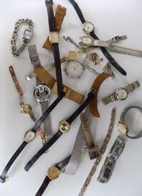 Collection of ladies and gents watches plus 3 straps (18 items)