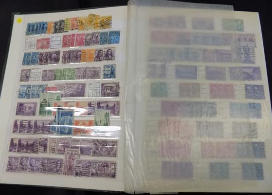 Very well filled stockbook of USA stamps