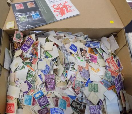 Box of 1000's of GB stamps
