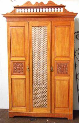 Large double ornate wardrobe (as seen)