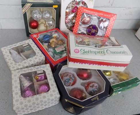 Large selection of boxed vintage baubles